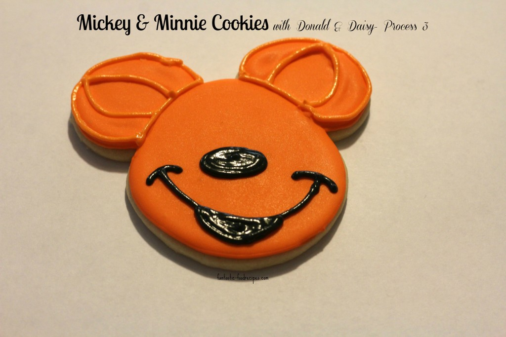 Mickey & Minnie Cookies with Donald & Daisy